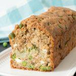 Cake brocoli, petits pois et feta