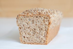 Pain à la farine de blé intégrale (T150) et au levain
