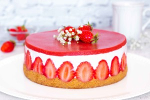 Read more about the article Fraisier léger et gourmand